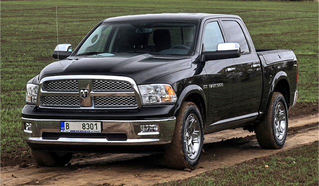 First Drive Dodge RAM 1500 Laramie Edition 01