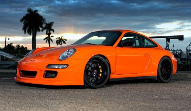 Orange Porsche 911 GT3 RS with 19 inch R10 Strasse Forged Wheels