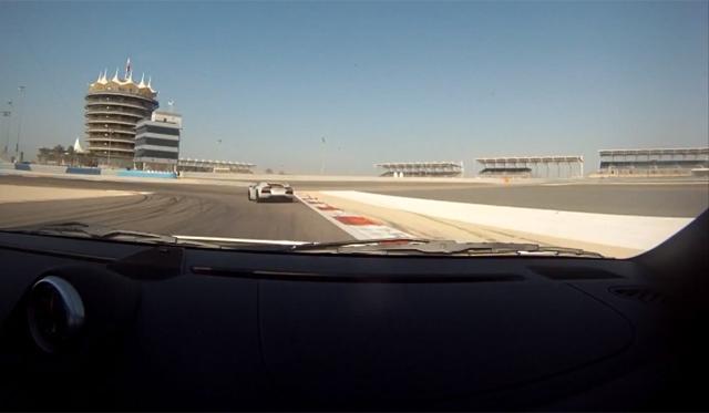 Video: Porsche 911 GT2 Chasing Aventador on Bahrain International Circuit