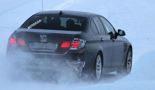 Spyshots: Facelifted BMW 5-Series Caught Testing