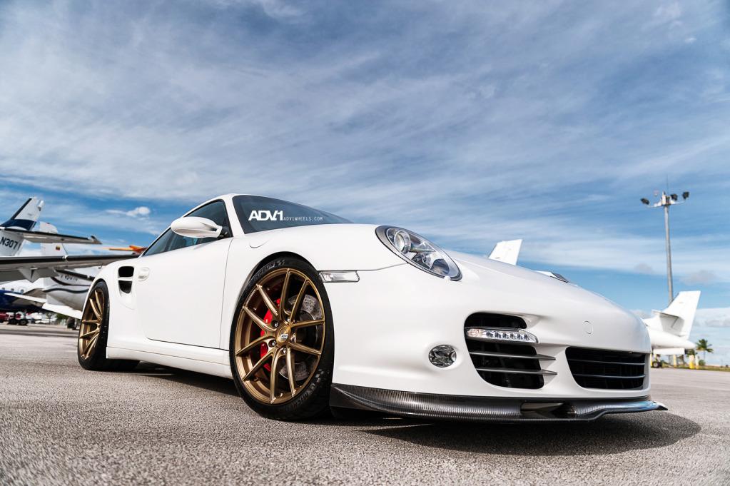 White Porsche 997 911 Turbo on ADV5.01SL Wheels