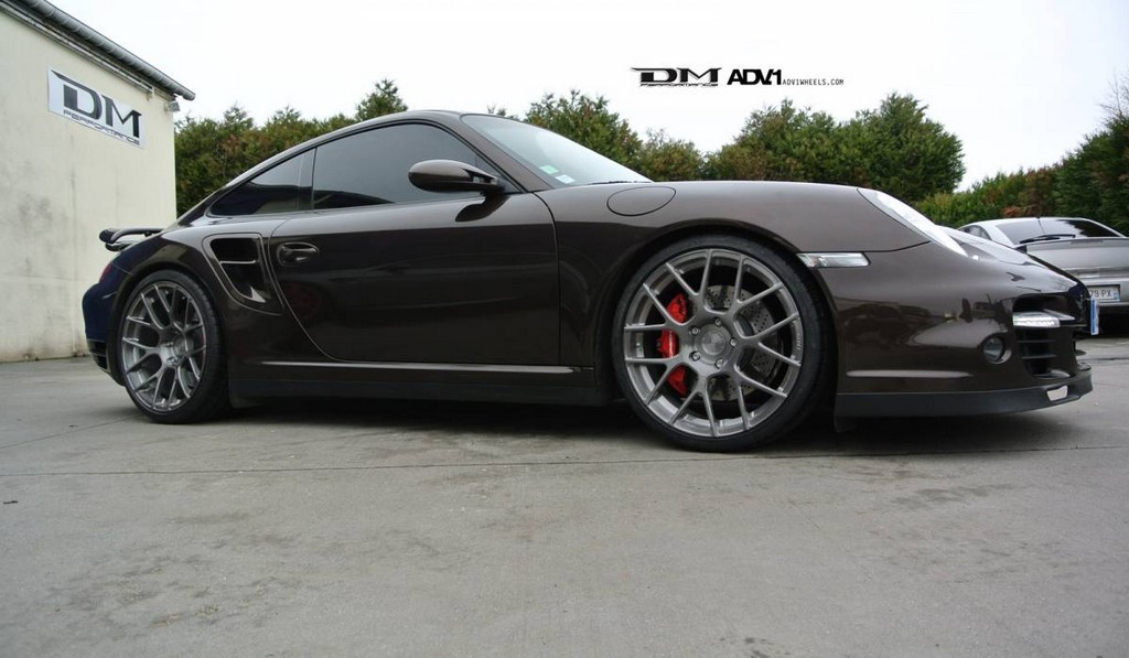 Porsche 997 911 Turbo and ADV7.1 Forged Wheels