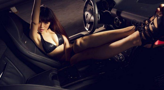 Cars & Girls: Duo of Girls With Ferrari 458 Italia and SLS AMG