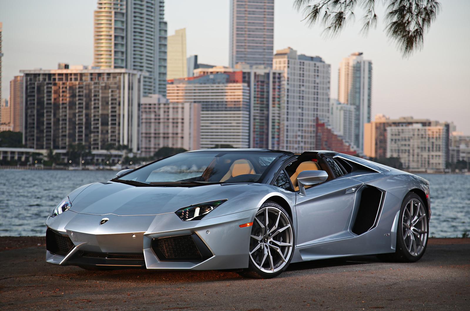 Lamborghini Aventador Transformers 4