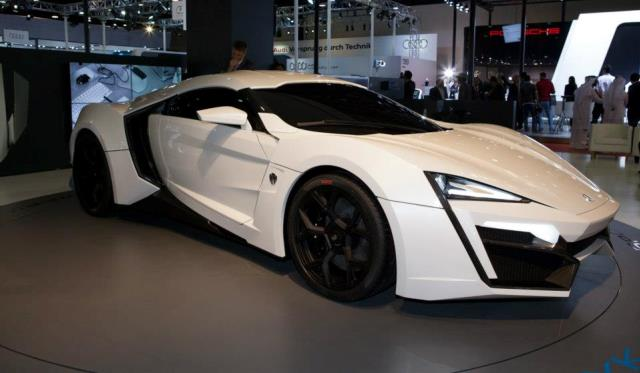 W Motors LykanHypersport