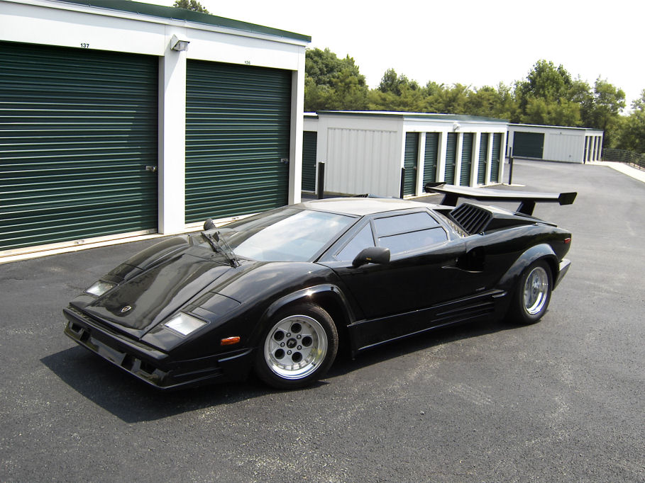 one off lamborghini countach built by a new zealand hot rodder gtspirit. Black Bedroom Furniture Sets. Home Design Ideas