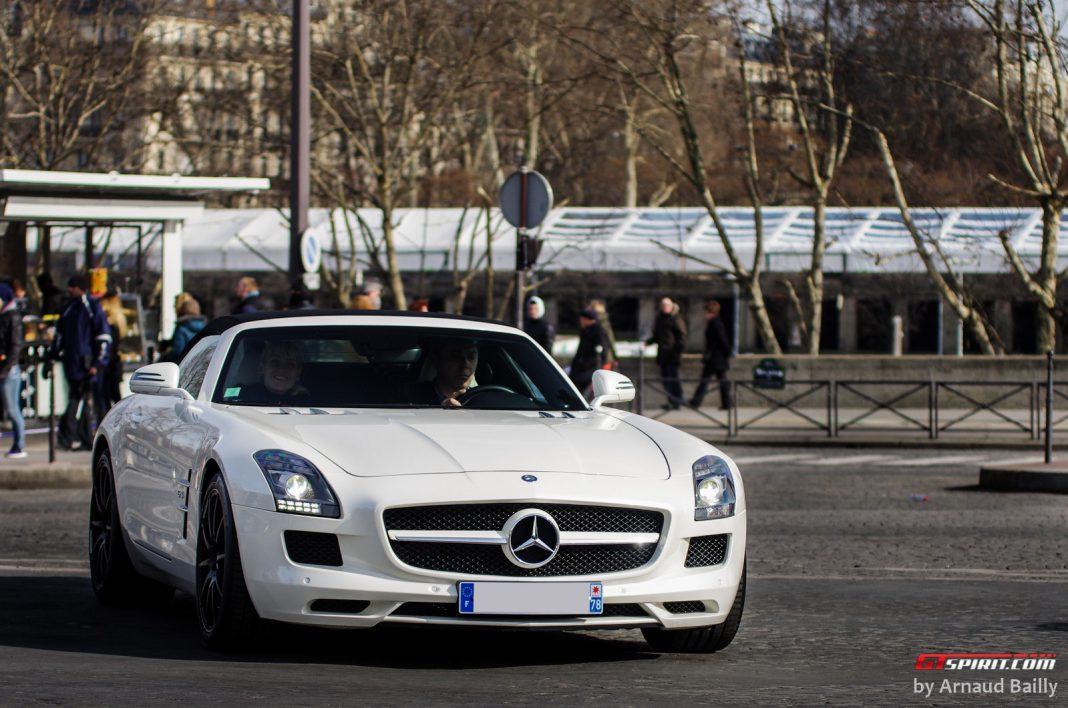 Supercars of Paris via Arnaud Bailly Photography