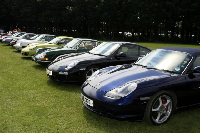 Silverstone to Host Parade of 911 Porsche 911s