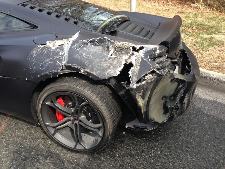 McLaren 12C Crash