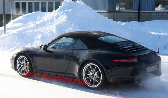 Spyshots: Porsche 991 Targa in the Snow