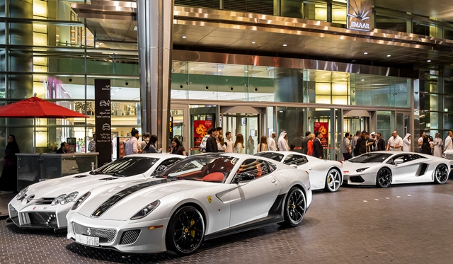 Gallery supercars in dubai by gordon cheng part 2 gtspirit for Super luxury hotels in dubai