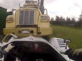 Video: Radical SR8 Almost Crashes Into Massive Truck