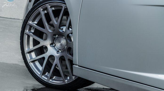 """Lamborghini Gallardo Rolling on 20"""" Modulare Wheelsv"""