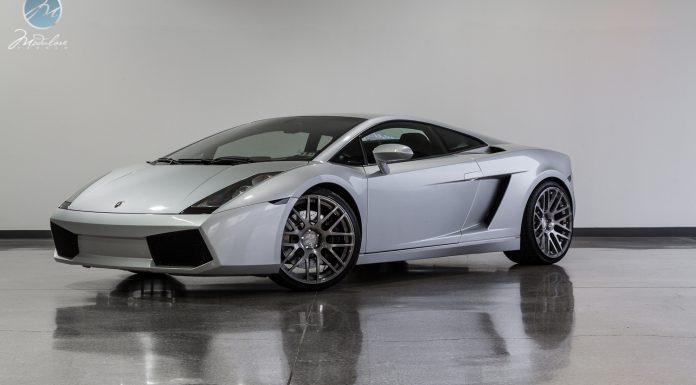 """Lamborghini Gallardo Rolling on 20"""" Modulare Wheels"""