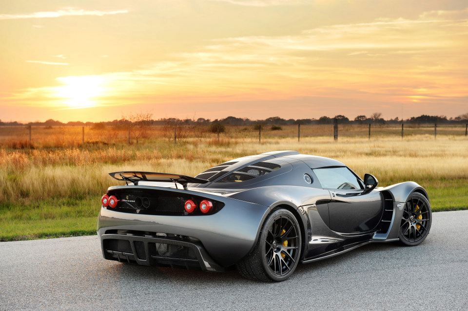 video hennessey venom gt hits gtspirit. Black Bedroom Furniture Sets. Home Design Ideas