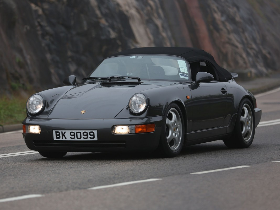 spotted last porsche 964 speedster in hong kong. Black Bedroom Furniture Sets. Home Design Ideas
