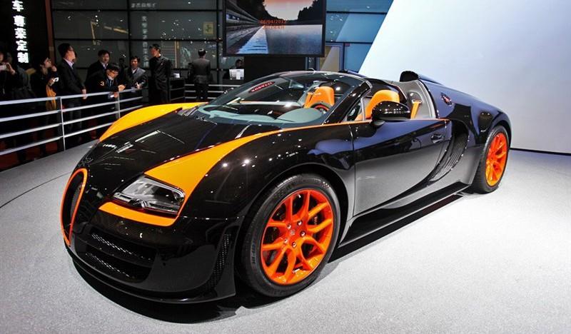 Bugatti Veyron Grand Sport Vitesse World Record Edition Live at Shanghai Auto Show 2013