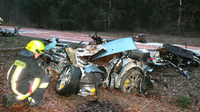 Brutal Ferrari 430 Scuderia Wreck