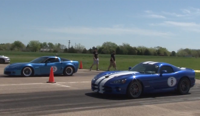 Video: 915hp Chevrolet Corvette C6 vs 900hp Dodge Viper SRT10