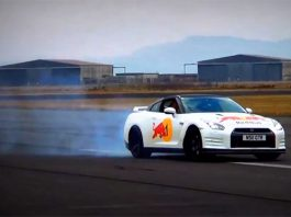 Video: 650hp Nissan GT-R Accelerating and Drifting
