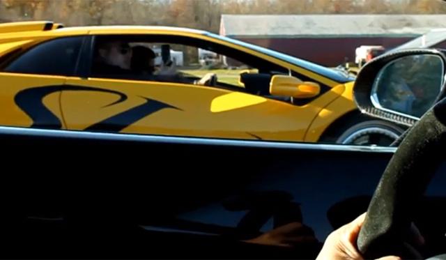 Video: Lamborghini Diablo SV Races Lamborghini Gallardo Superleggera