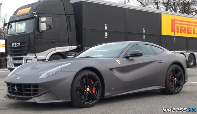 Video: Matte Grey Ferrari F12 Berlinetta Racing at Monza