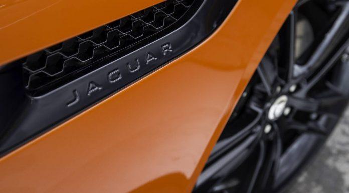 Jaguar F-Type V8 S Details