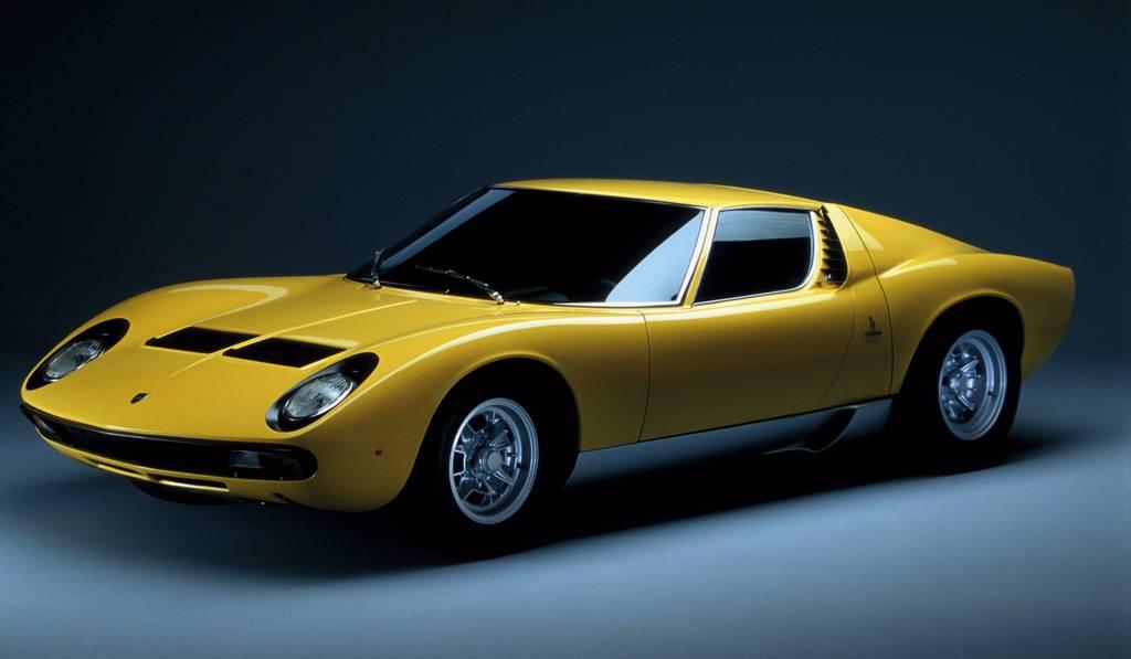 Preview: Lamborghini at Techno Classica 2013