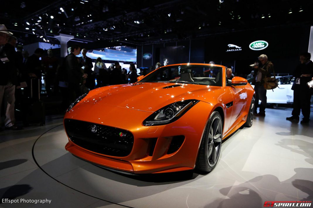 Jaguar F-Type Scoops 2013 World Car Design of the Year