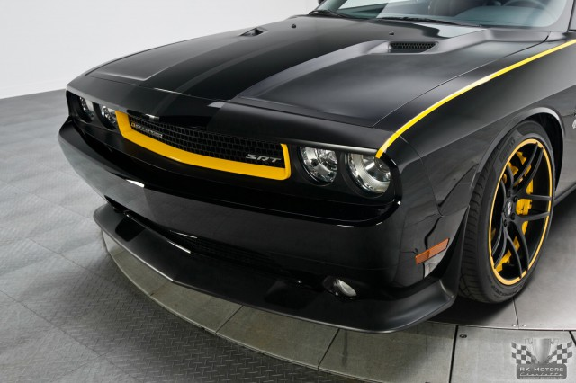 Dodge Penske Racing Challenger SRT-8