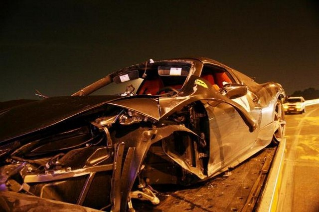 Ferrari 458 Italia Crash in Brazil
