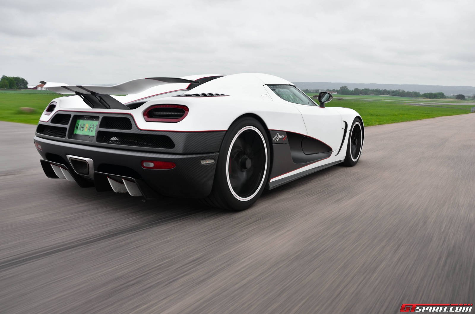 Koenigsegg Agera R Review & Test Drive