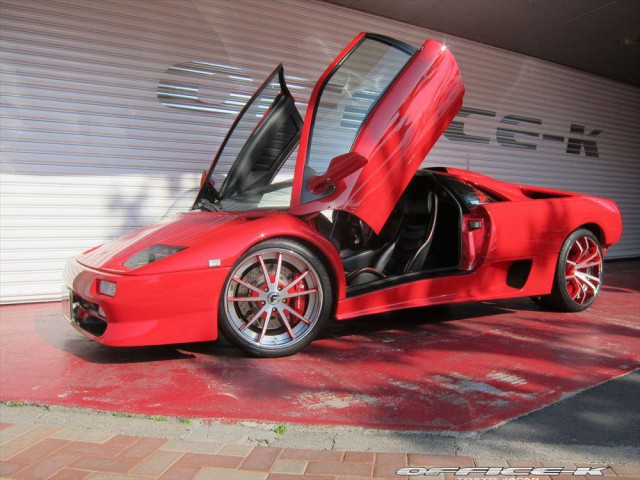 Lamborghini Diablo SV  by Office K