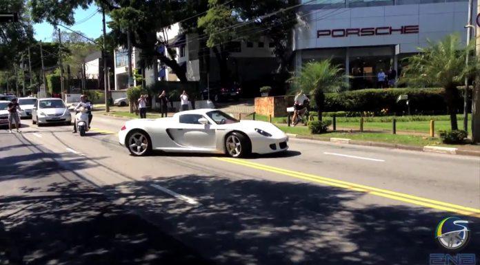 Porsche Carrera GT Drifts Crazy