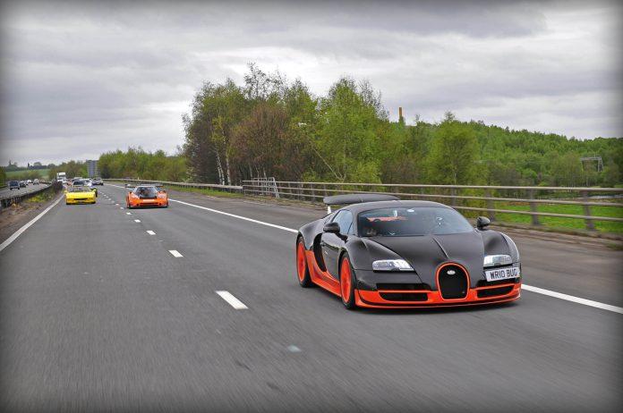 Video: Bugatti Veyron Super Sport WRE Flybys