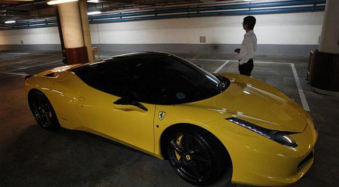 Video: Singaporean Valets Take Ferrari 458 Italia on Joyride