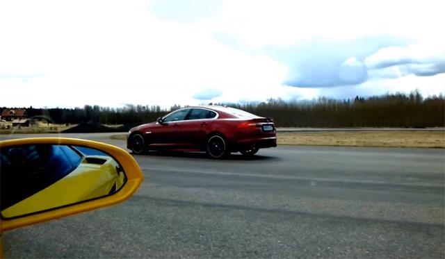 Video: Jaguar XFR Supercharged vs Lamborghini Gallardo