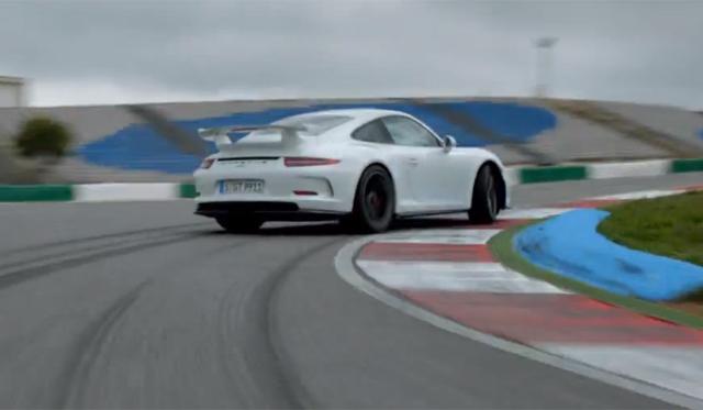 Video: Porsche Highlights the Technology Behind the 2014 Porsche 911 GT3