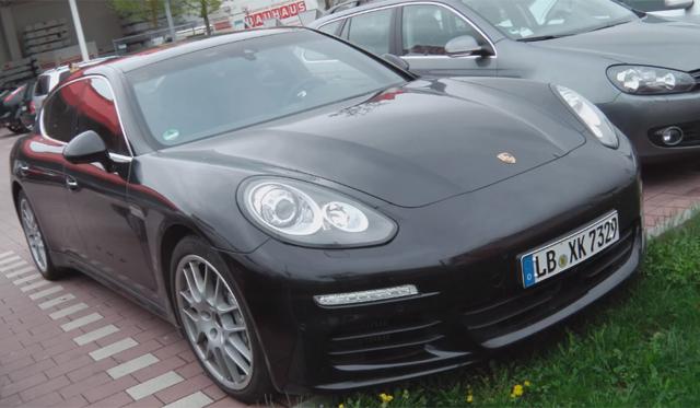 video 2014 971 porsche panamera s spotted in germany - Porsche Panamera 2014 Black