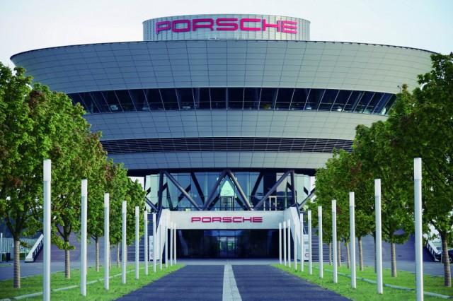 Porsche Resumes Leipzig Production After Flood Delays