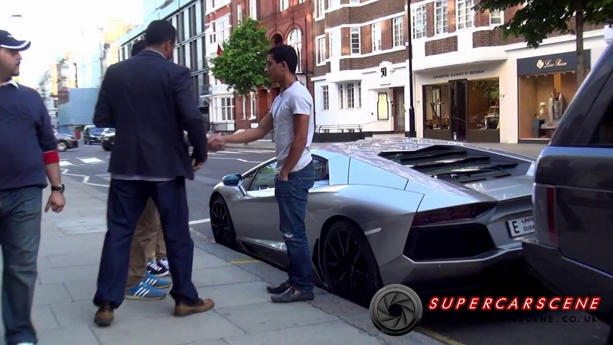 Video London Streets Turns Into A Supercar Market Lamborghinis
