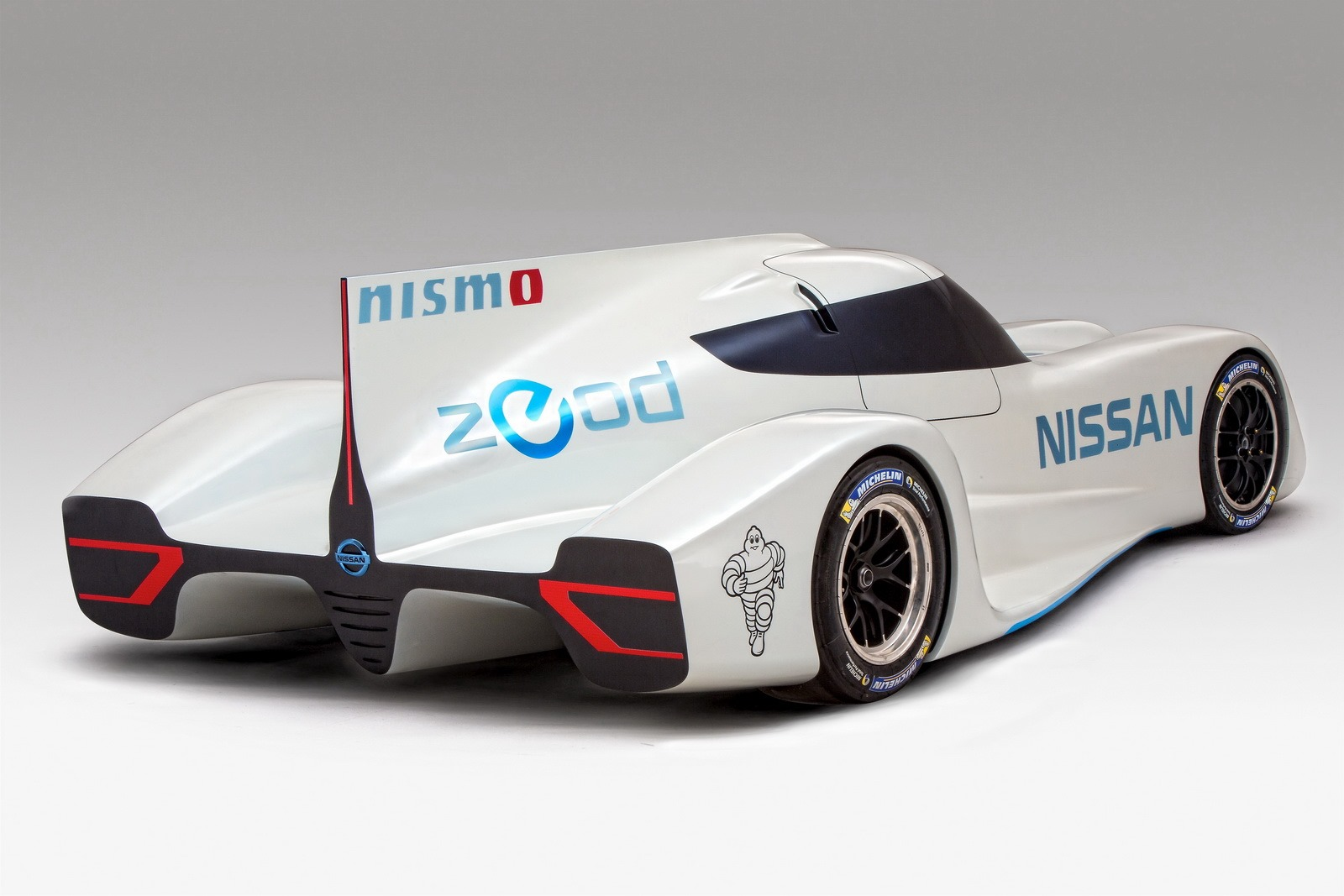 official nissan zeod rc le mans prototype gtspirit. Black Bedroom Furniture Sets. Home Design Ideas
