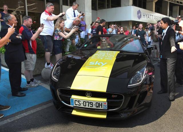 Tour de France Winner Awarded Jaguar F-Type V6 S