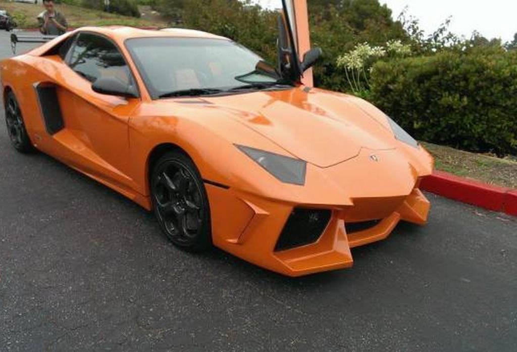 Overkill: Orange Lamborghini Aventador Replica Spotted in the U.S