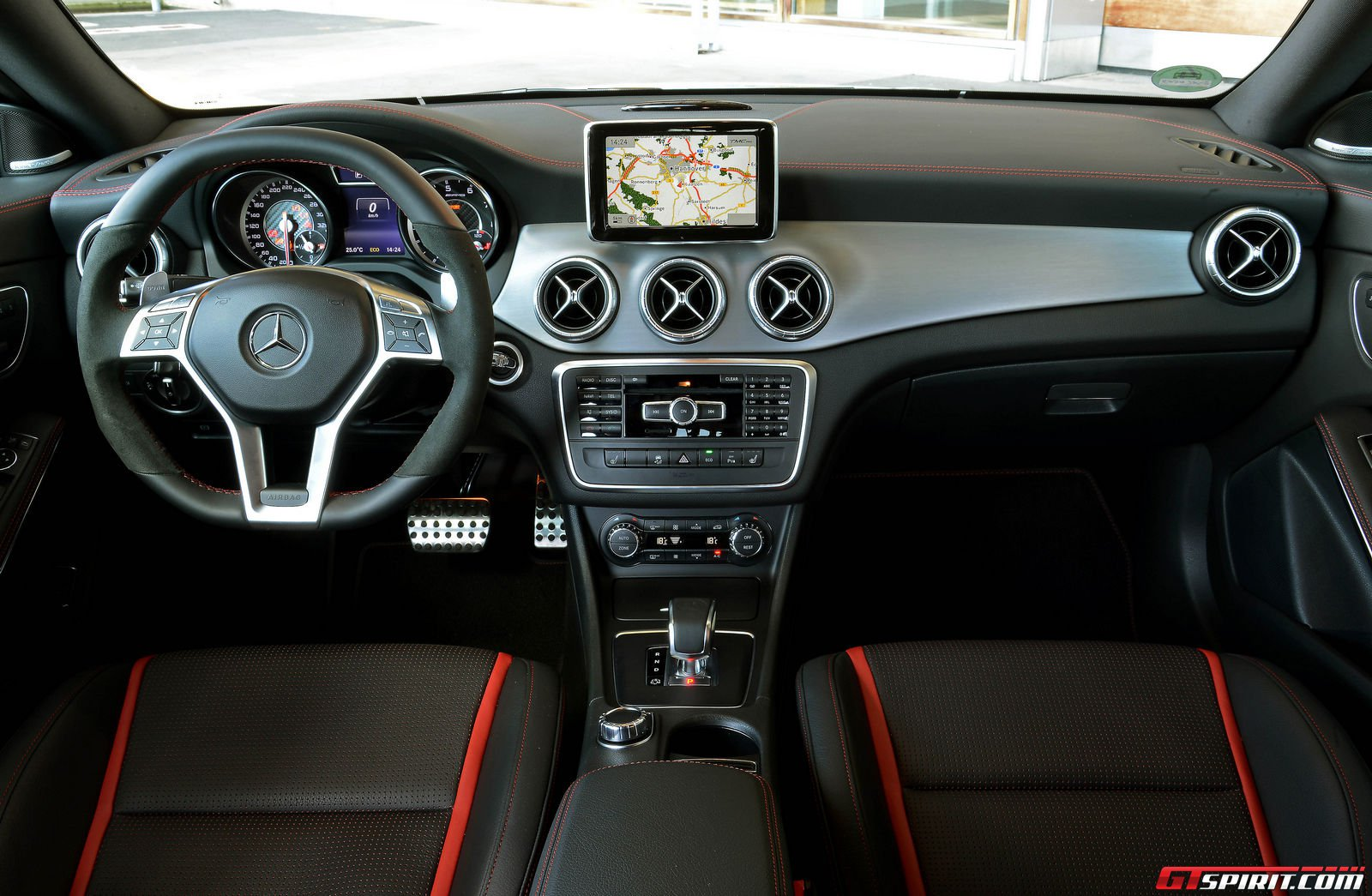 cla 45 amg autos post. Black Bedroom Furniture Sets. Home Design Ideas
