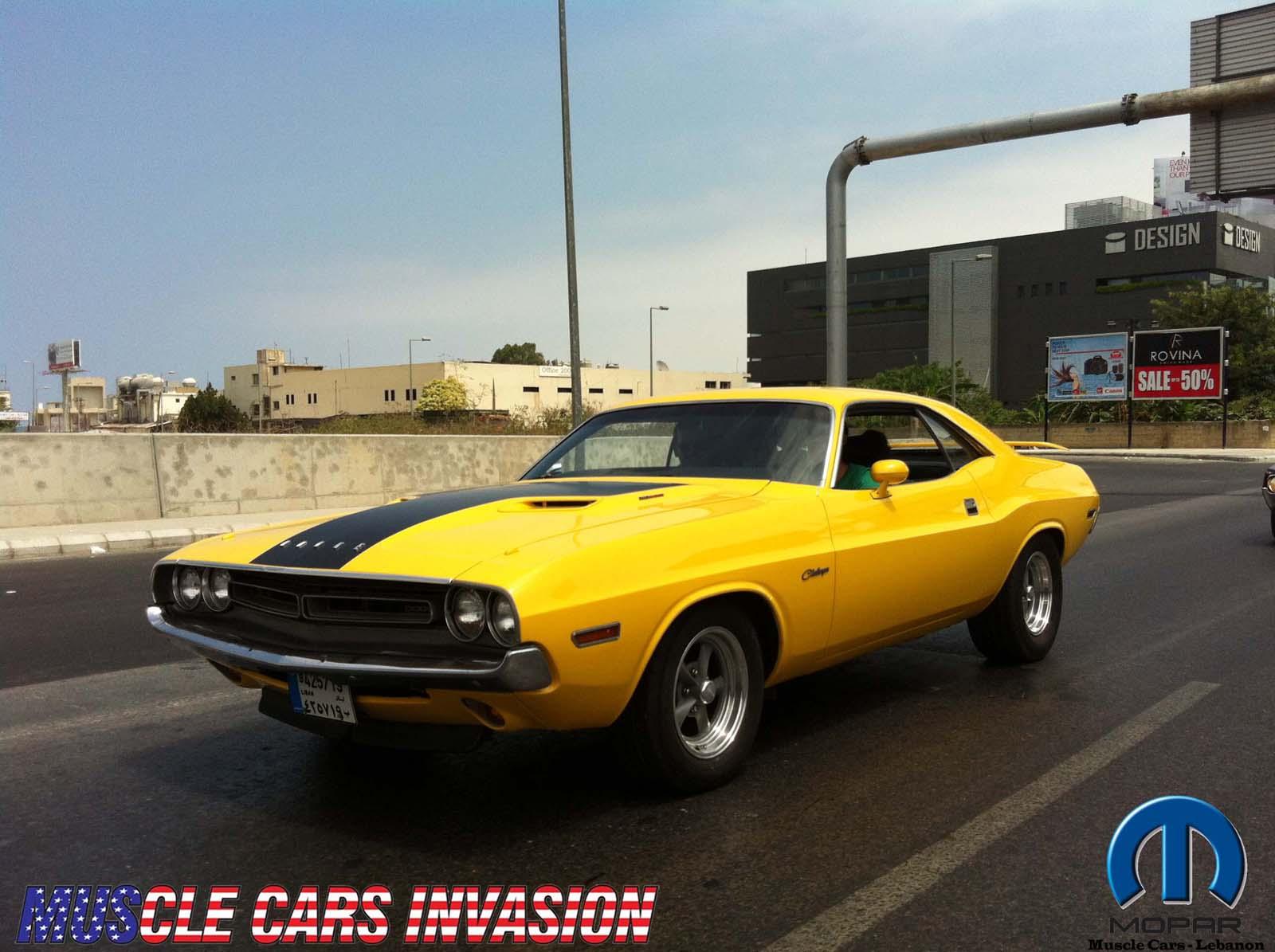 Mega Gallery: American Muscle Cars Cruise - Marina Dbaye to Ras Al ...