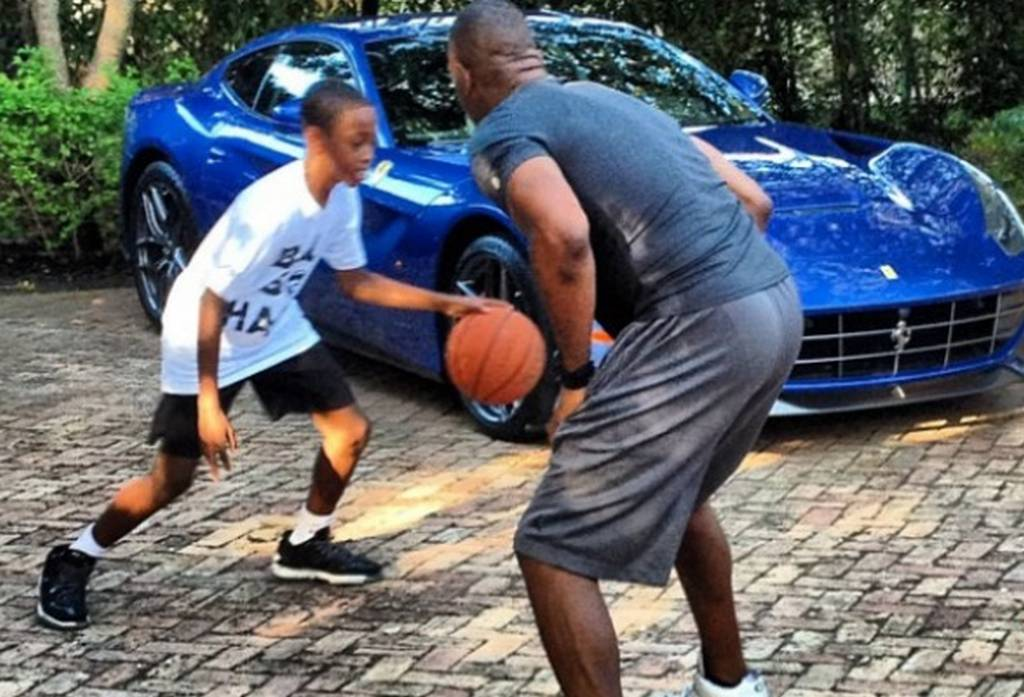Dwayne Wade Instagrams Picture of his Blue Ferrari F12 Berlinetta