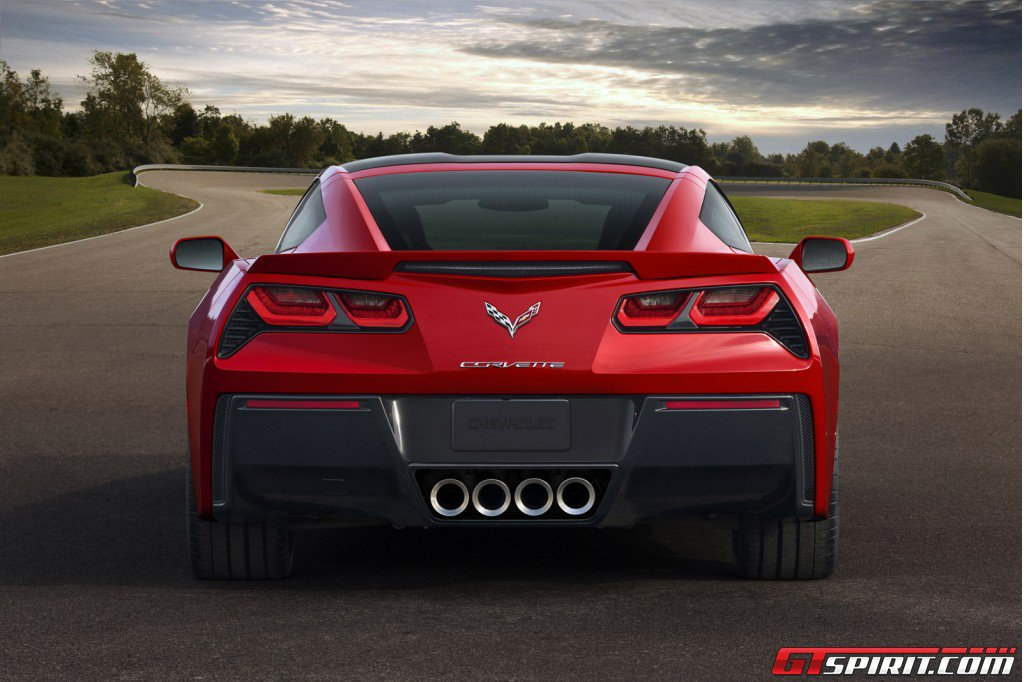 Chevrolet Targeting Younger Buyers for new C7 Corvette Stingray