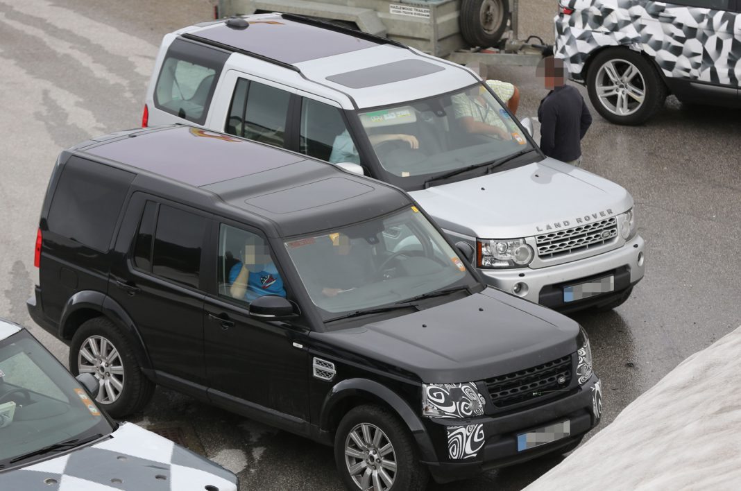 Spyshots: 2014 Land Rover Discovery Spotted Ahead of Frankfurt