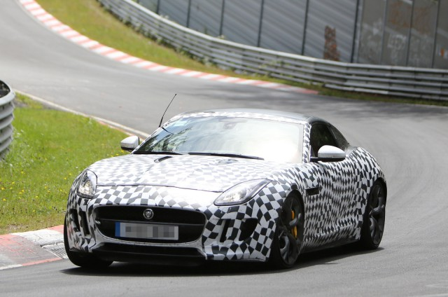 Spyshots: 2014 Jaguar F-Type R Coupe